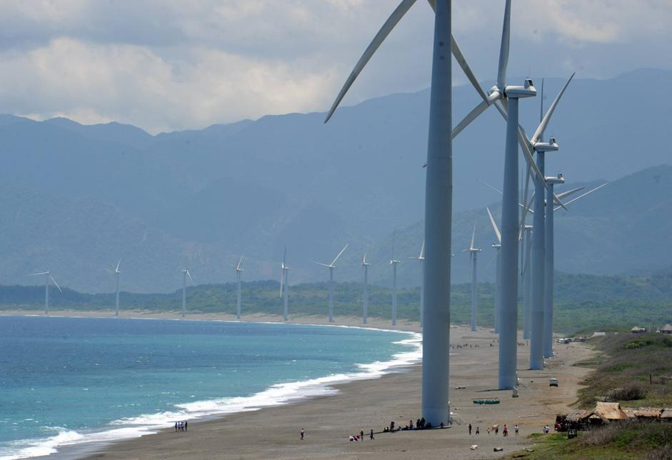 PHILIPPINES-ENVIRONMENT-UTILITIES-WINDMILLS