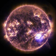 Esiste una relazione tra rotazione solare e tuoni e fulmini?